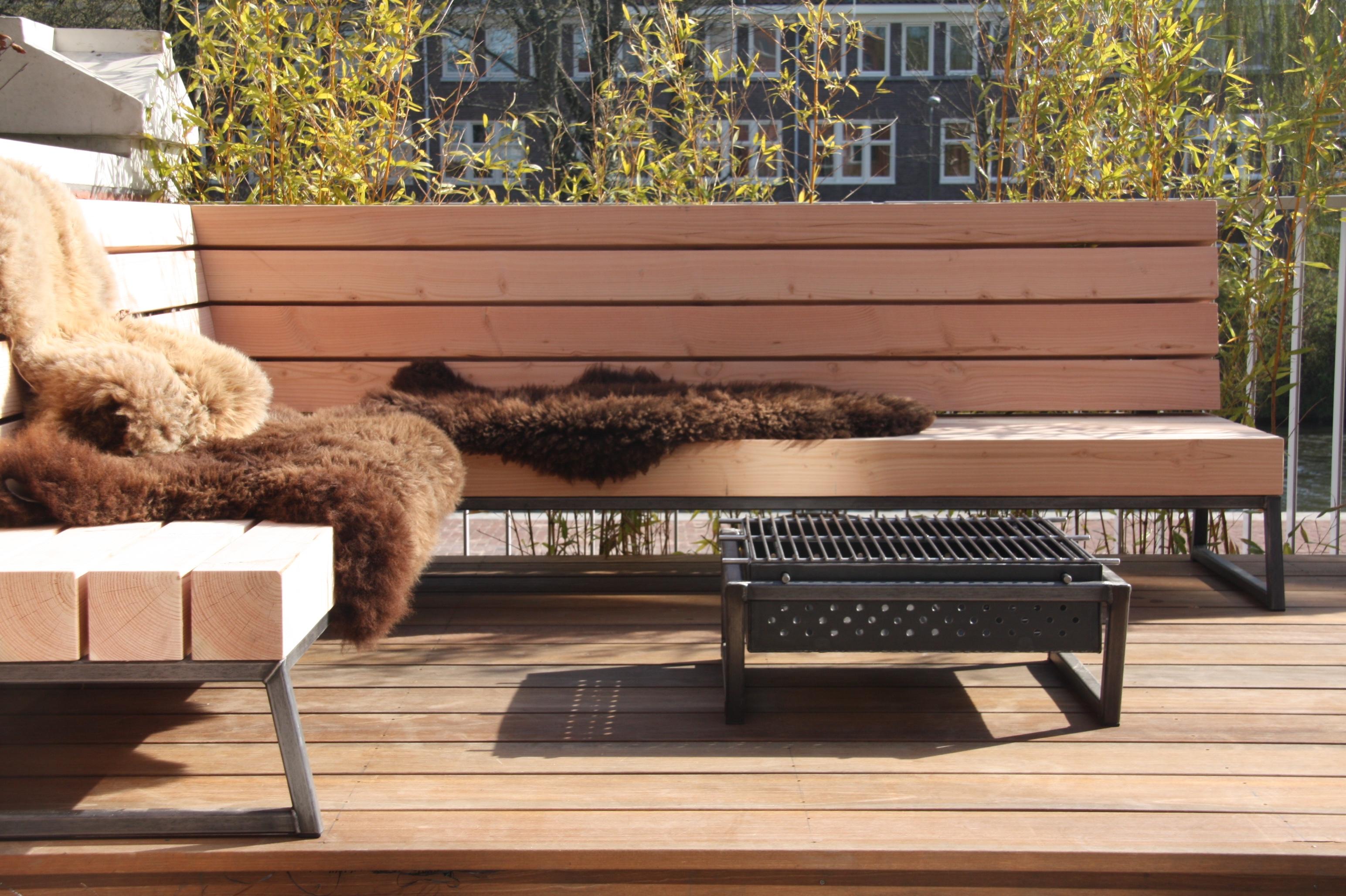 stoere loungeset voor in de tuin