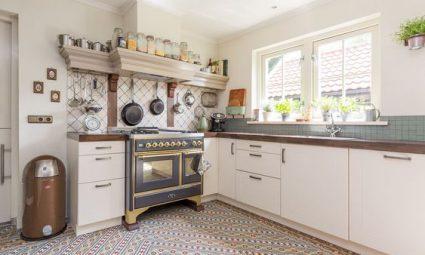 antieke tegels in de keuken