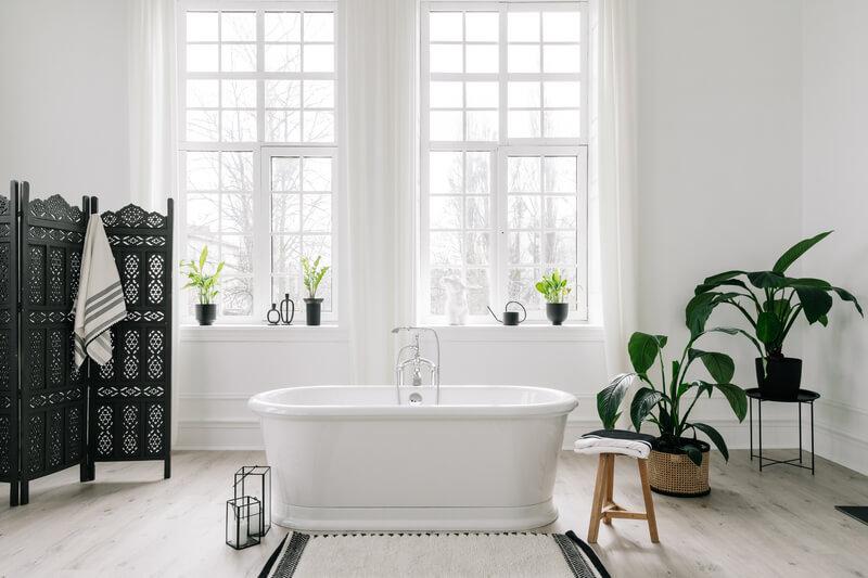 de voordelen van een vrijstaand bad